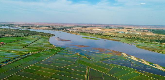 Ningxia 60 years on: From barren to green beauty